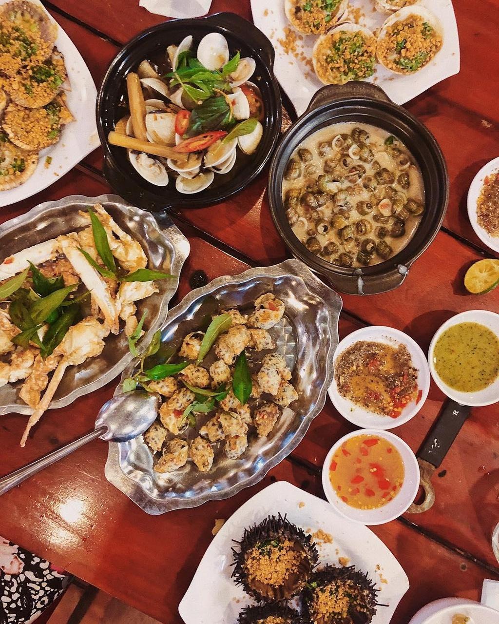 5 dia chi hai san noi tieng bao ngon, gia dep o Phu Quoc hinh anh 10 5 địa chỉ hải sản nổi tiếng bao ngon, giá đẹp ở Phú Quốc - wandytwan - 5 địa chỉ hải sản nổi tiếng bao ngon, giá đẹp ở Phú Quốc