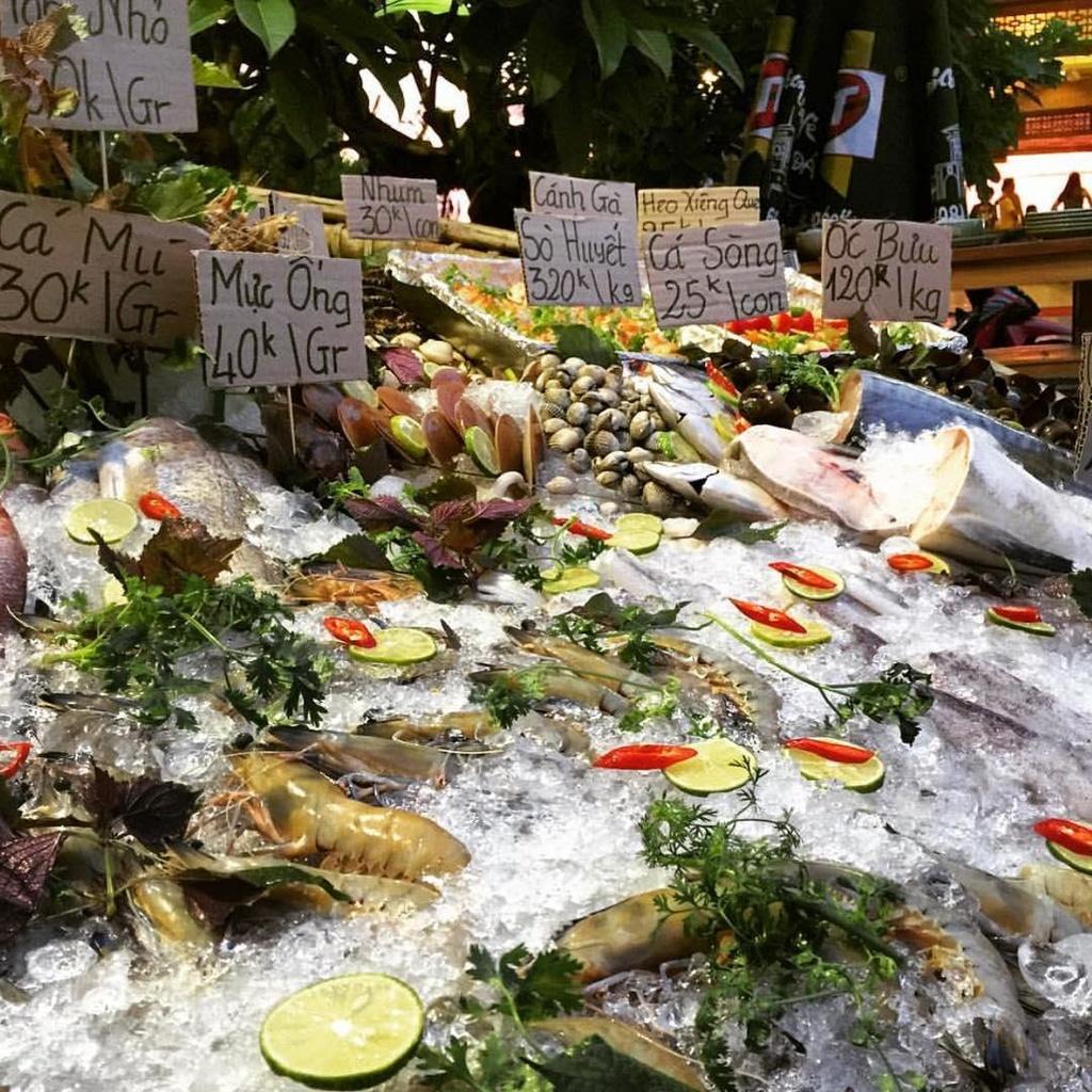5 dia chi hai san noi tieng bao ngon, gia dep o Phu Quoc hinh anh 6 5 địa chỉ hải sản nổi tiếng bao ngon, giá đẹp ở Phú Quốc - xinchaophuquocrestaurant_1 - 5 địa chỉ hải sản nổi tiếng bao ngon, giá đẹp ở Phú Quốc