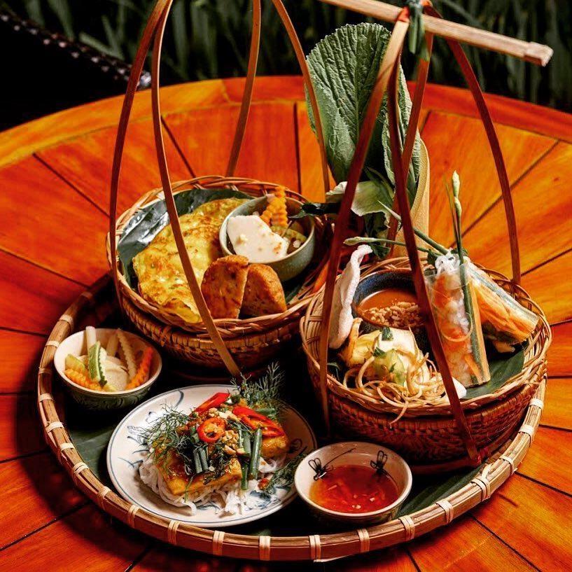 Den Phu Quoc, dung bua kieu 'quy toc' tai 6 nha hang sang chanh hinh anh 21