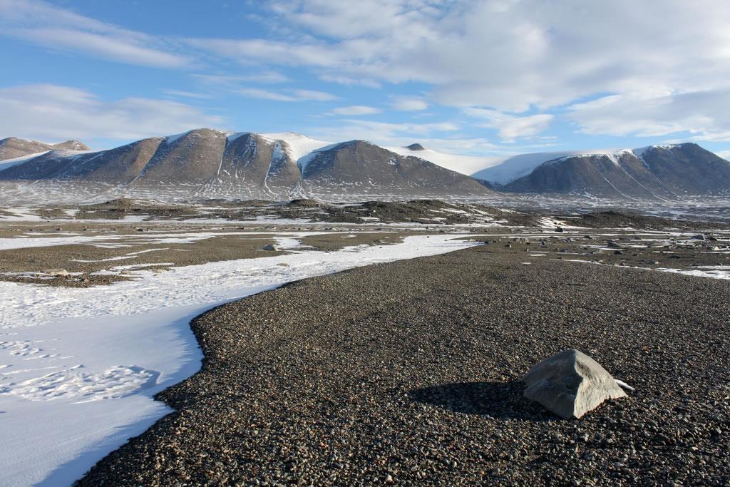 the valley in Antarctica
