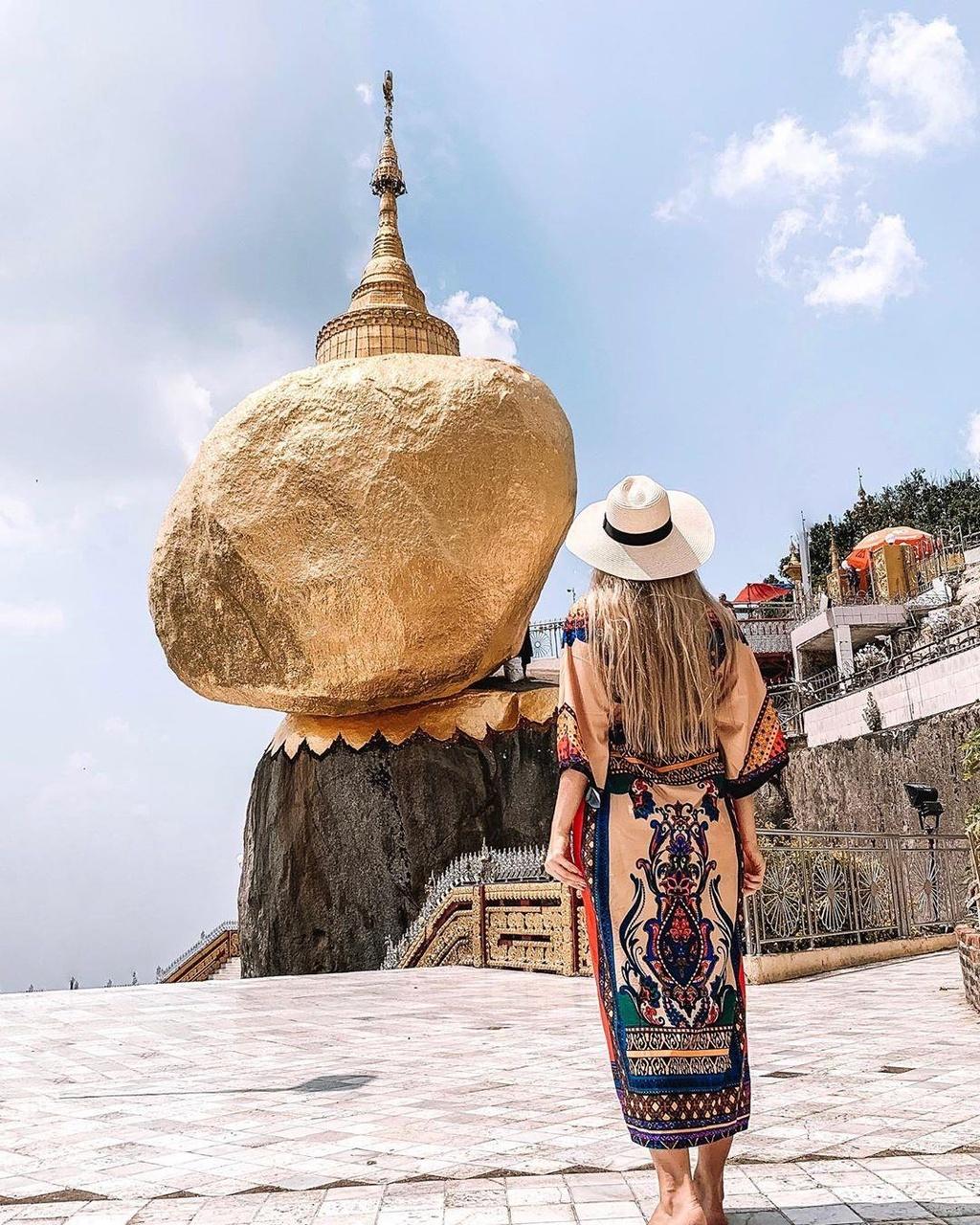 Độc đáo ngôi chùa đứng vững nghìn năm bên mép đá vàng - Ảnh 5