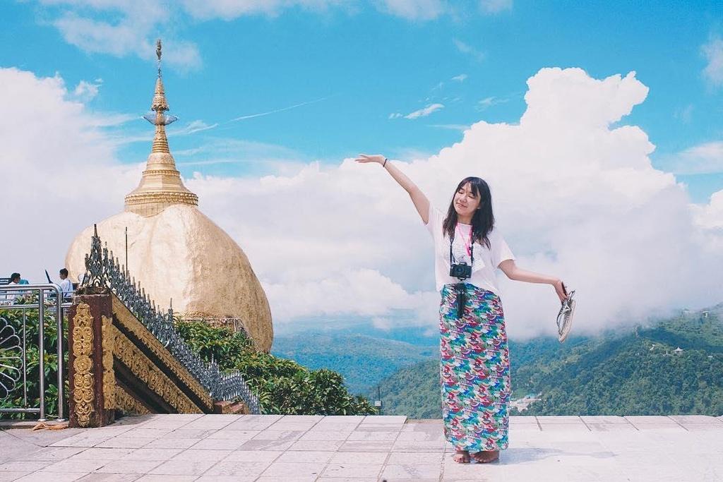 Độc đáo ngôi chùa đứng vững nghìn năm bên mép đá vàng - Ảnh 7