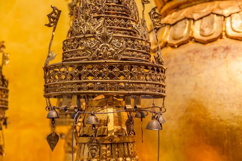 Độc đáo tu viện dát vàng giữa vùng đất mây vờn ở Myanmar - Ảnh 5