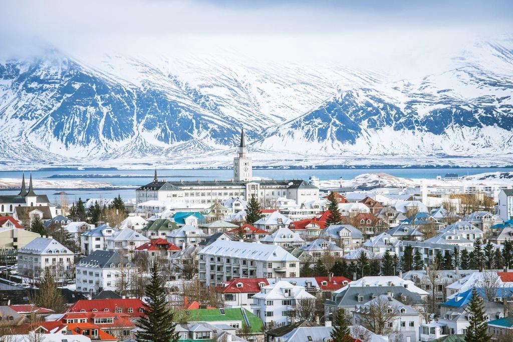 Tới Iceland,