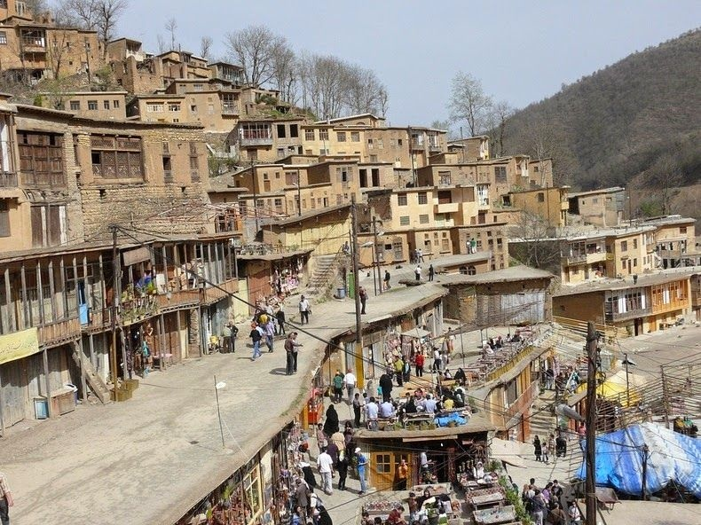 Nơi người dân đi lại trên mái nhà nghìn năm ở Iran