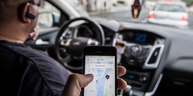 Vi sao nhieu nuoc phat trien xem Grab, Uber la hang van tai? hinh anh 3