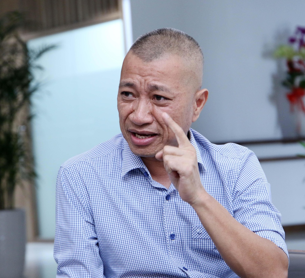 CEO Bach hoa Xanh: 'Mo cua hang ban rau, thang thu 2 ty nghe dien ro' hinh anh 1