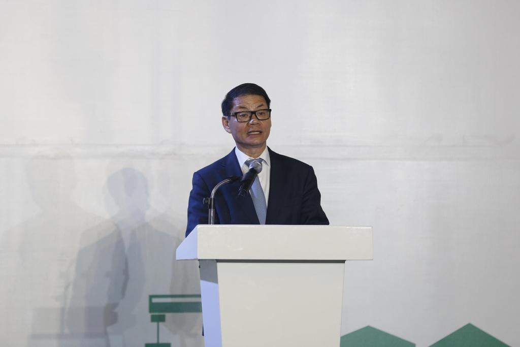 Ông Trần Bá Dương: Có người nói tôi coi chừng khi cứu HAGL của bầu Đức