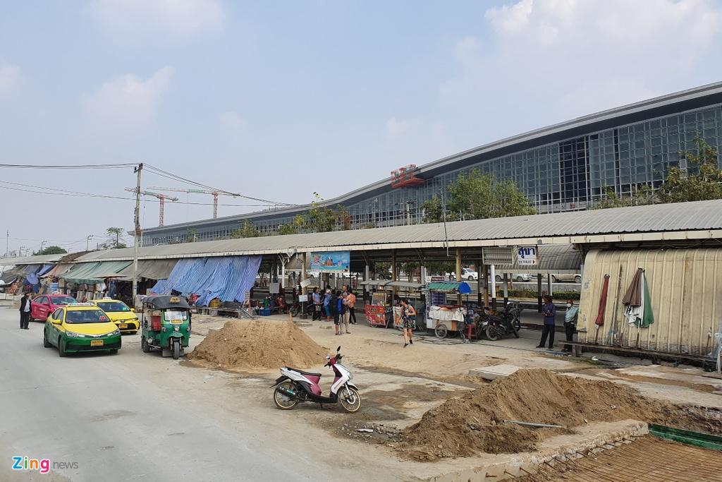 Trai nghiem 48 gio bay vong qua Thai ve que an Tet hinh anh 3 bangsue_zing.jpg