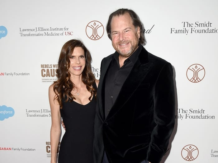 Tỷ phú Marc Benioff - CEO củaSalesforce - và vợ là những người đứng ra tổ chức bữa tiệc. Ông Benioff chơi thân với tỷ phú Larry Ellison trong khoảng 30 năm qua.Ảnh: Getty.