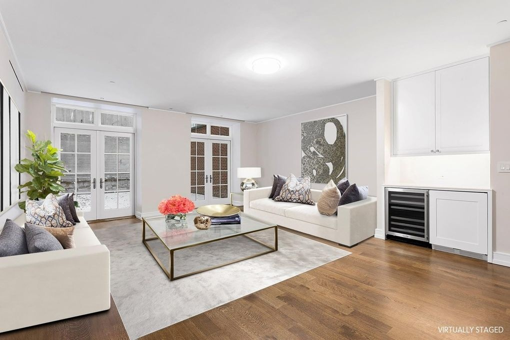 Ngoi nha pho 41 trieu USD tai New York cua ty phu Nga hinh anh 8 billionaire_alexei_kuzmichev_lists_tasteful_manhattan_townhouse_for_41m6.jpg