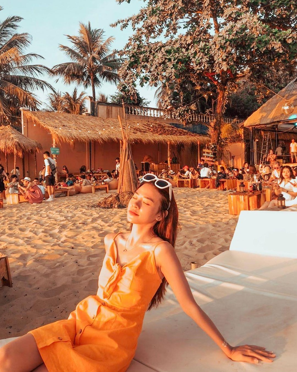 Den beach bar ngam hoang hon Phu Quoc tuyet dep hinh anh 6