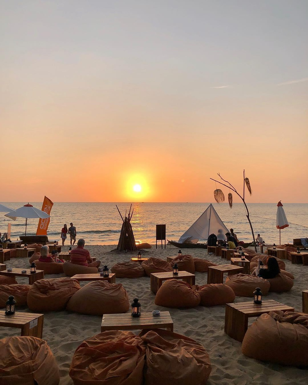 Den beach bar ngam hoang hon Phu Quoc tuyet dep hinh anh 10