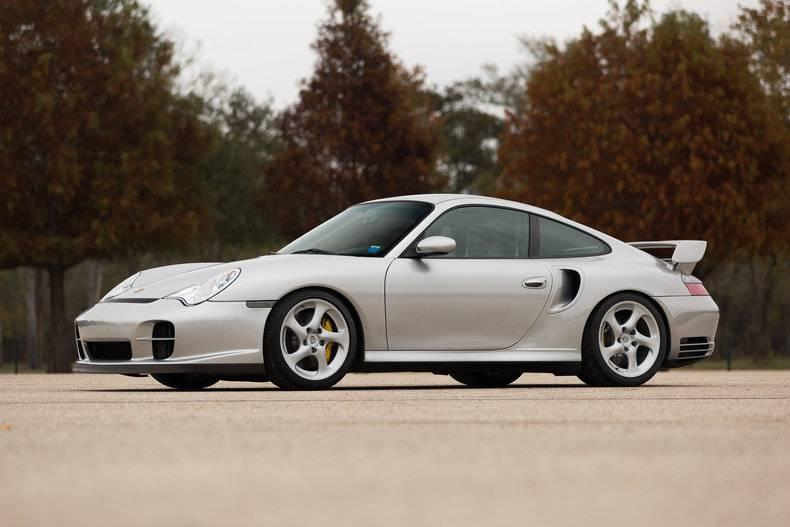 Man lot xac cua Huyen thoai Porsche 911 GT2 qua hai thap ky hinh anh 3