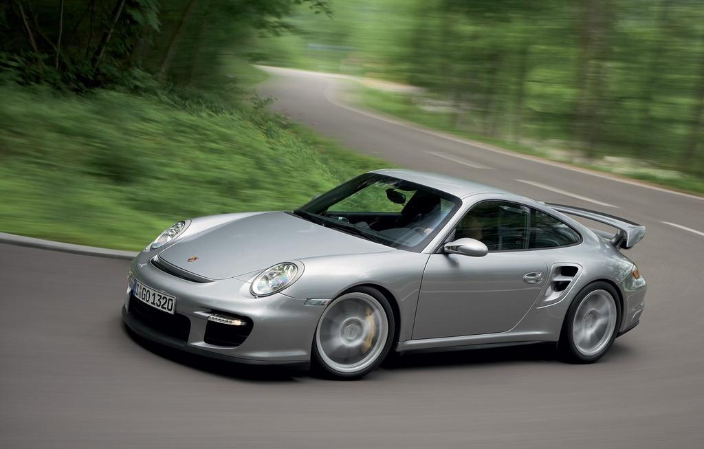 Man lot xac cua Huyen thoai Porsche 911 GT2 qua hai thap ky hinh anh 5