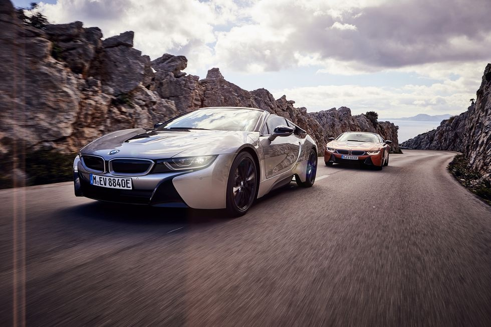 Hanh trinh tao nen xe the thao BMW i8 Roadster hinh anh 4