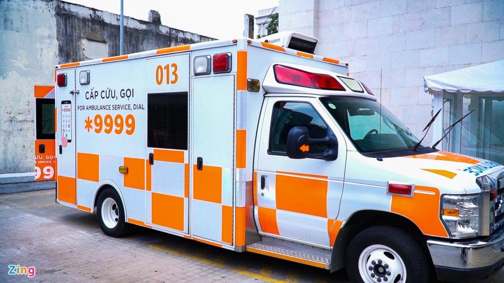 Bệnh nhân 91 được xe thang nâng đưa từ xe cấp cứu lên máy bay, ngồi ghế hạng thương gia. Toàn hành trình này, nam phi công sẽ được 7 nhân viên y tế theo dõi, chăm sóc và kiểm tra sức khỏe. Nhiệm vụ này sẽ hoàn thành khi nhân viên y tế chính thức bàn giao nam phi công cho Bệnh viện Wishaw tại Glasgow, Scotland.
