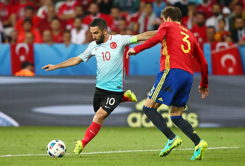 Ronaldo, Ibrahimovic lot doi hinh te nhat luot hai Euro 2016 hinh anh 8