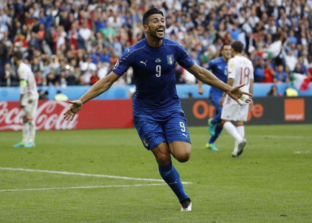 Chiellini hay nhat tran Italy vs Tay Ban Nha hinh anh 12
