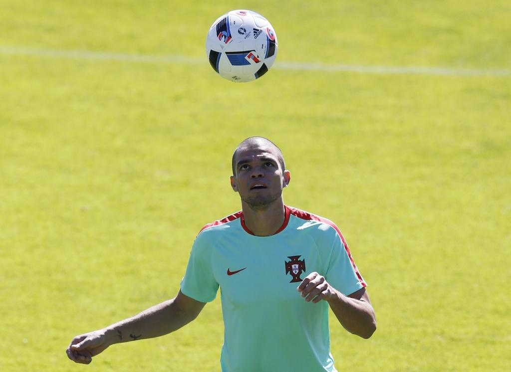 'Hung than' Pepe tro lai tran chung ket Euro hinh anh 3