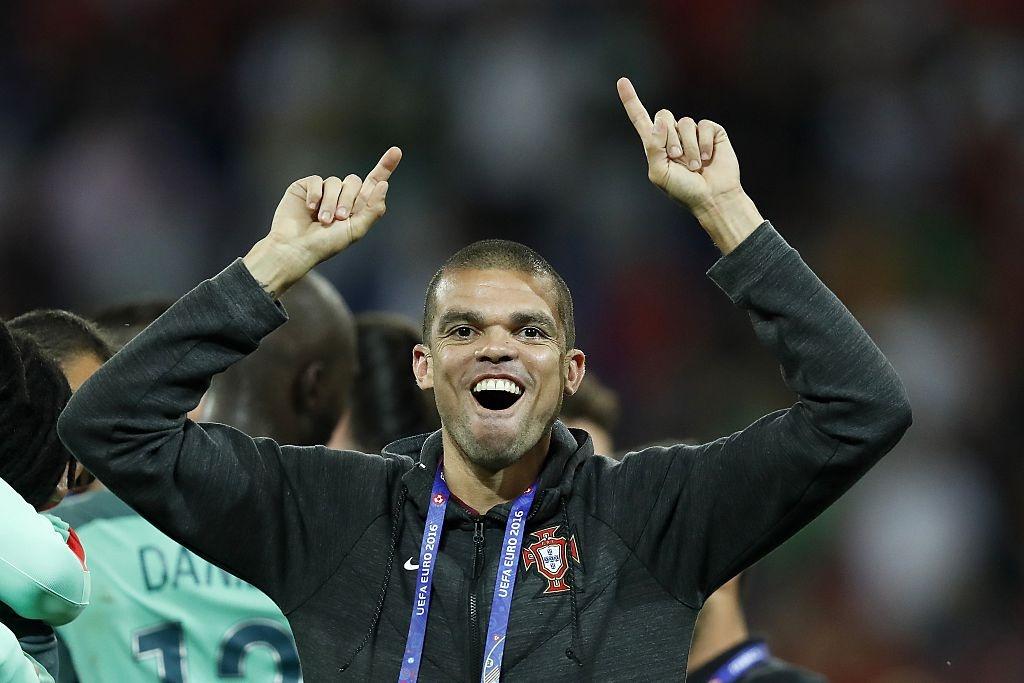 'Hung than' Pepe tro lai tran chung ket Euro hinh anh 7