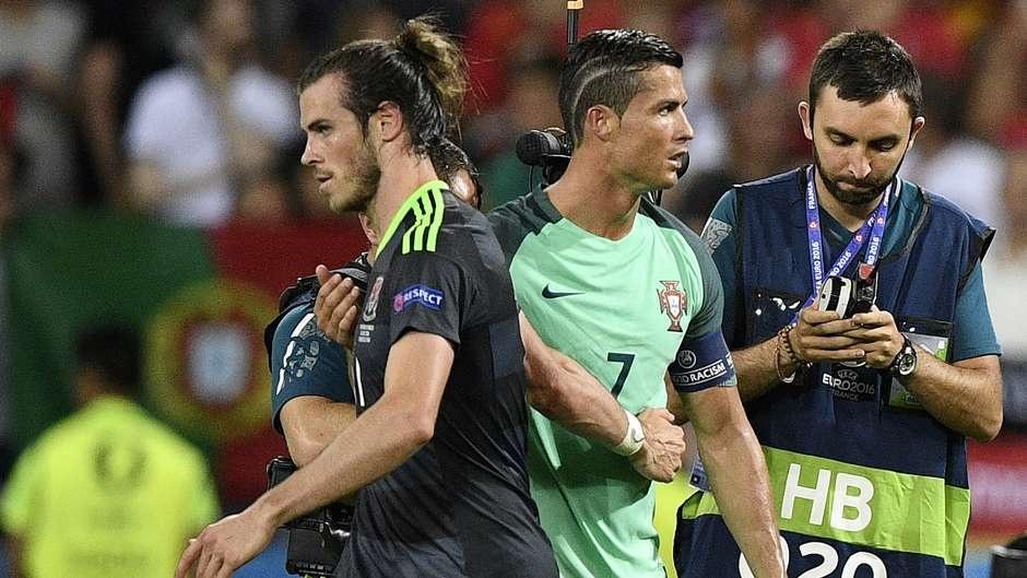 Cu danh dau cua Ronaldo lot top khoanh khac an tuong o Euro hinh anh 15