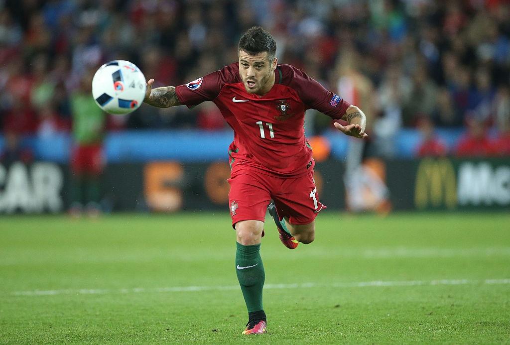 Doi hinh ngoi sao gay that vong o Euro 2016 hinh anh 3