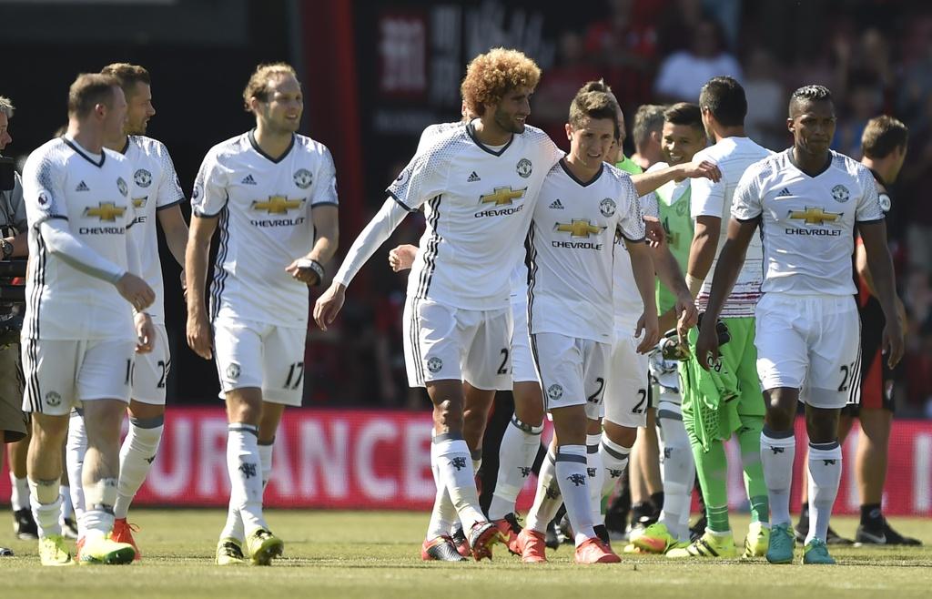 Mourinho an mung phan khich ban thang cua Ibrahimovic hinh anh 10