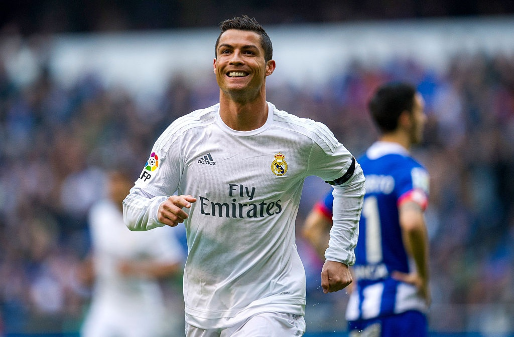 Ronaldo, Messi va Neymar sat canh o doi hinh hay nhat 2016 hinh anh 10