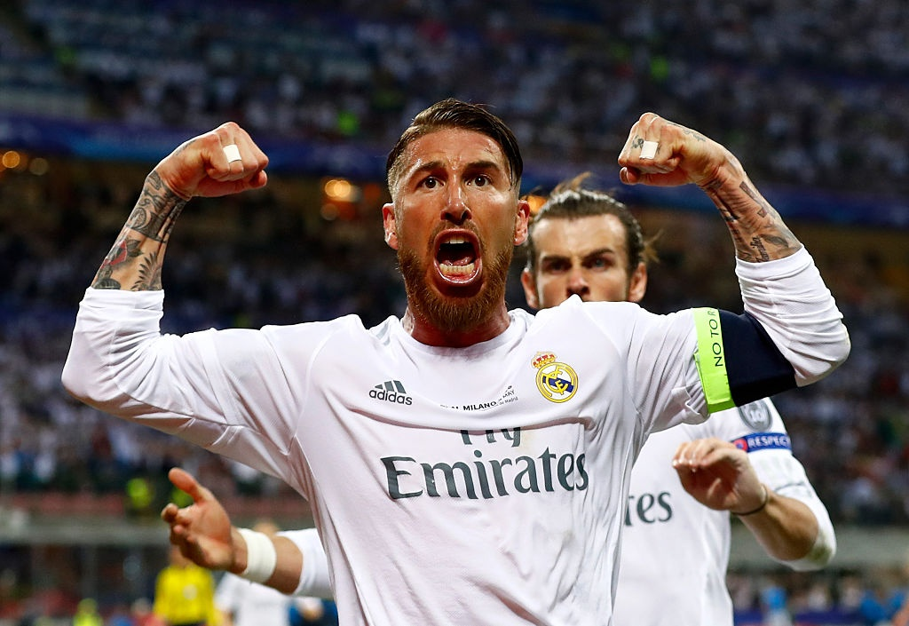 Ronaldo, Messi va Neymar sat canh o doi hinh hay nhat 2016 hinh anh 4