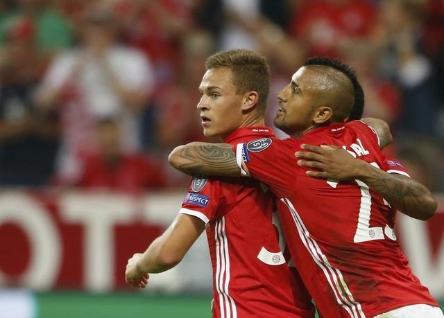 Song sat Mueller- Lewan lap cong, Bayern 'huy diet' doi thu hinh anh 5