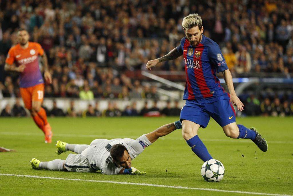 Messi lap hat-trick giup Barca de bep Man City 4-0 anh 3