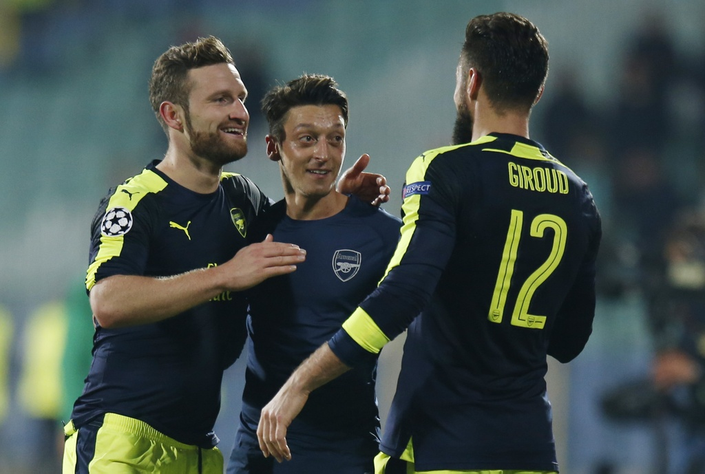 arsenal loi nguoc dong ludogorets anh 8