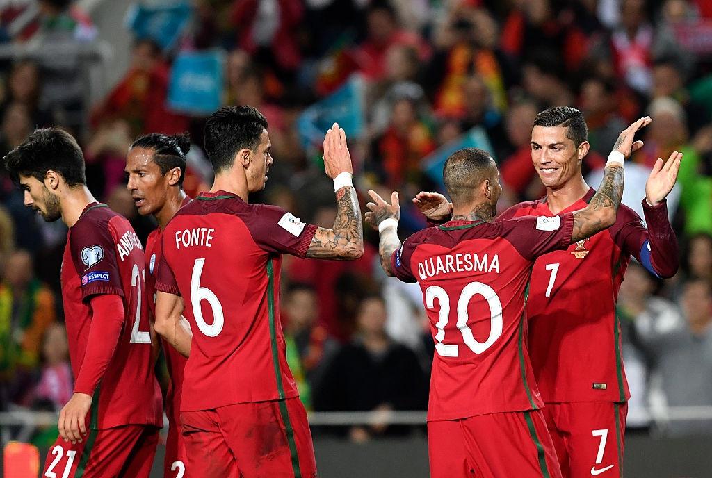 Ronaldo ghi ban dang cap giup Bo Dao Nha de bep Latvia 4-1 hinh anh 8
