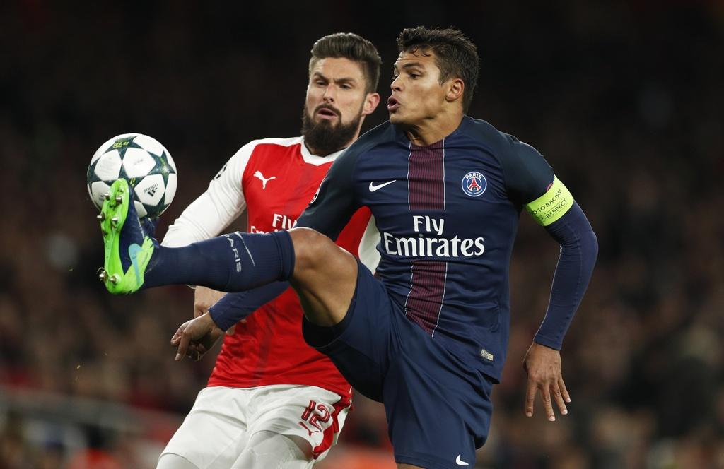 Arsenal hoa PSG 2-2 nho an va anh 1
