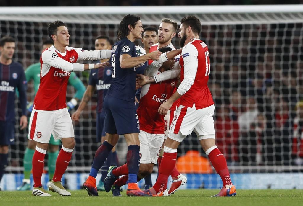 Arsenal hoa PSG 2-2 nho an va anh 6