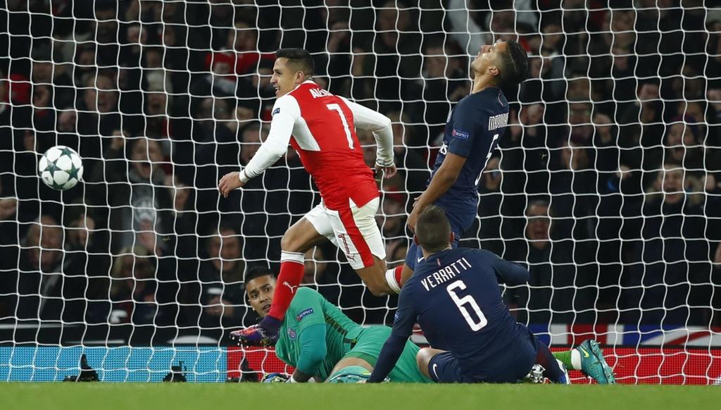 Arsenal hoa PSG 2-2 nho an va anh 9