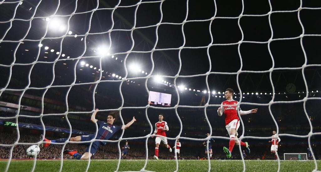 Arsenal hoa PSG 2-2 nho an va anh 2