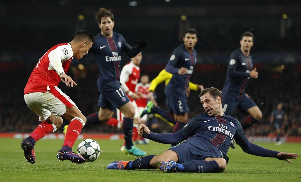 Arsenal hoa PSG 2-2 nho an va anh 5