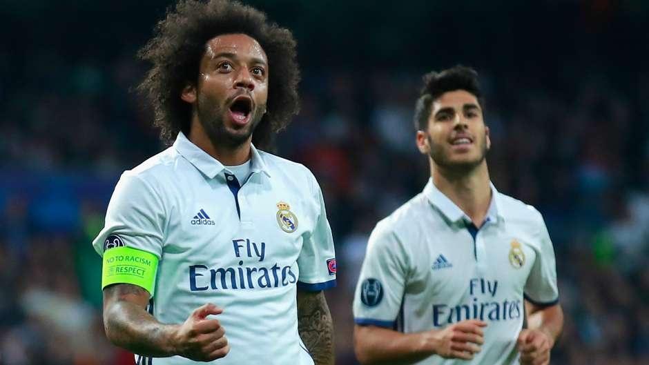 Ronaldo loai Suarez khoi sieu doi hinh ket hop El Clasico hinh anh 6