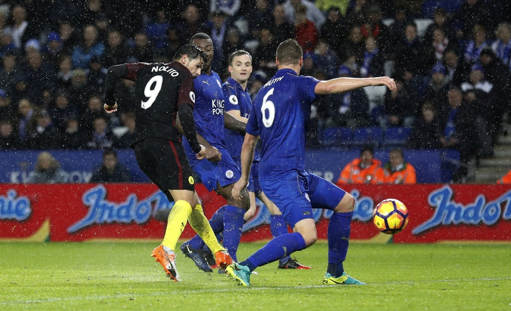 Vardy lap hat-trick, Leicester de bep Man City 4-2 hinh anh 14