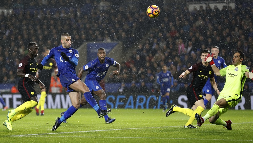 Vardy lap hat-trick, Leicester de bep Man City 4-2 hinh anh 6