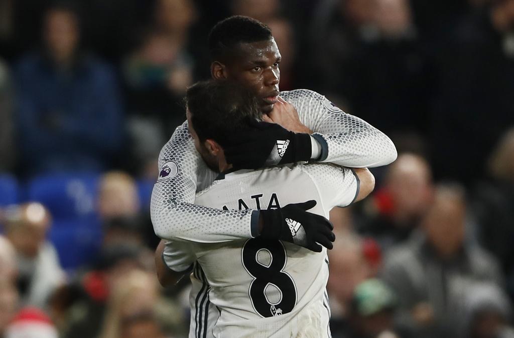 Ibra ghi ban giup MU thang Crystal Palace 2-1 anh 7