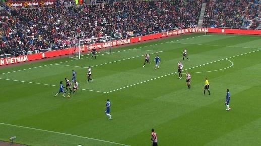 Ibra ghi ban giup MU thang Crystal Palace 2-1 anh 14