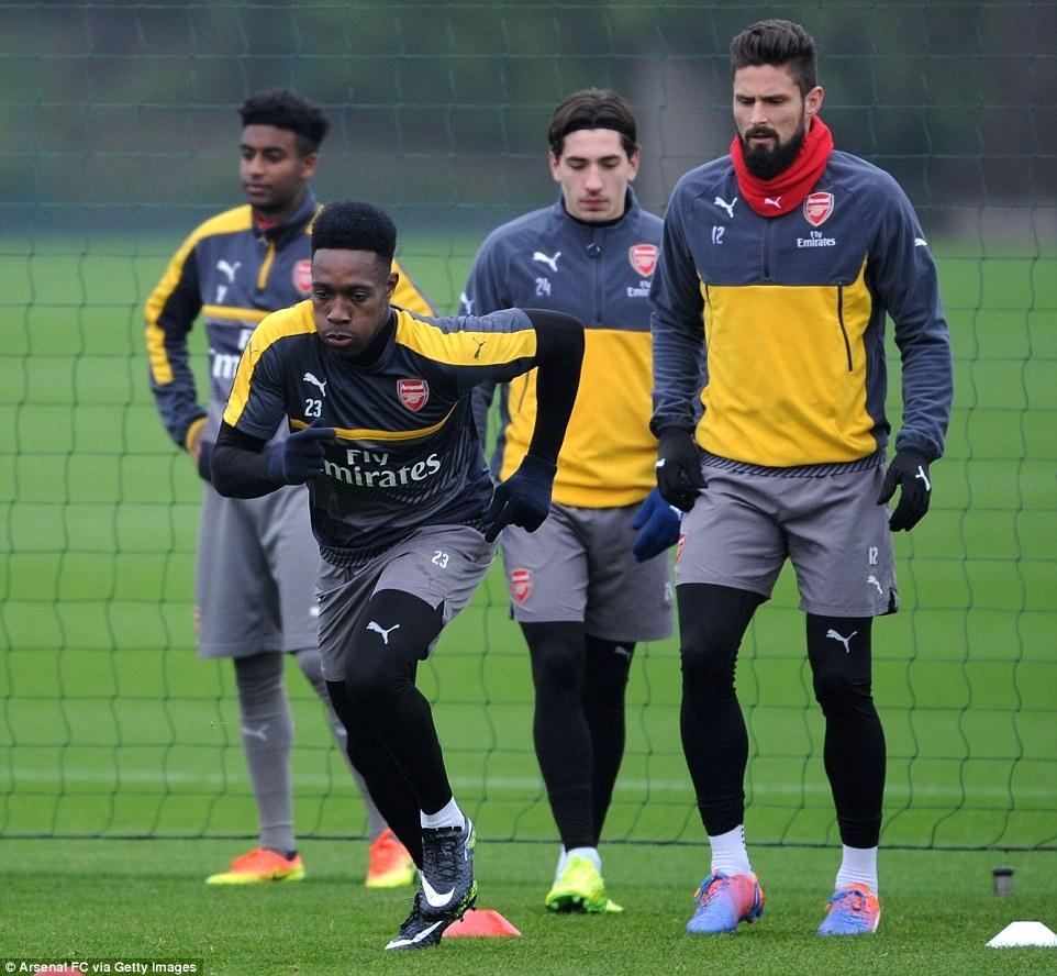 Khong mua cau thu, Arsenal danh tien tau may bay moi hinh anh 8