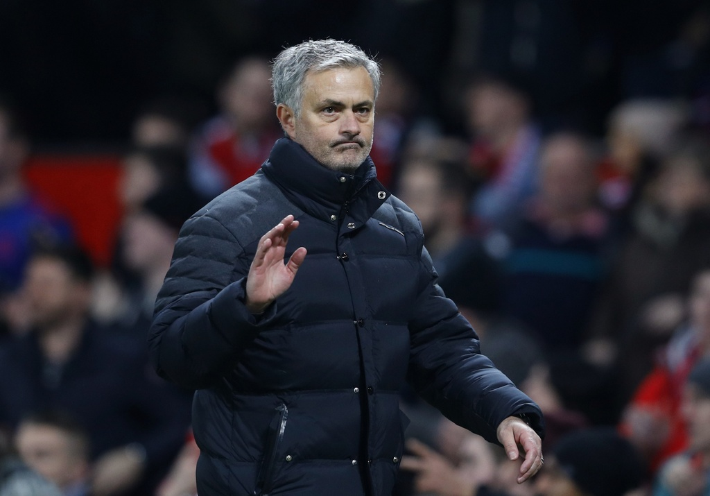 Fellaini giup MU dat mot chan vao chung ket League Cup hinh anh 13