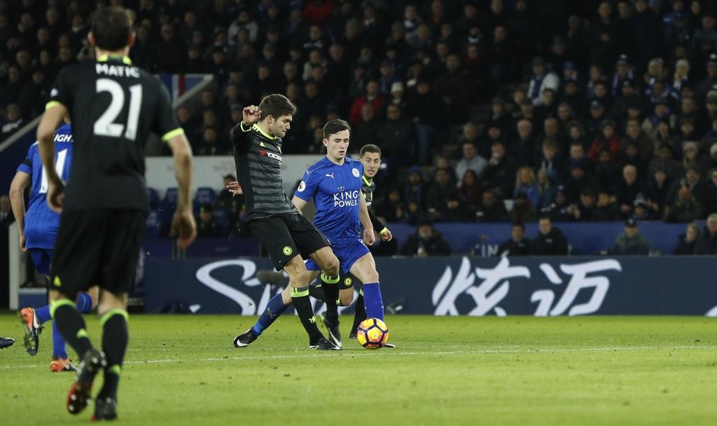 hang thu giup chelsea danh bai Leicester 3-0 anh 5