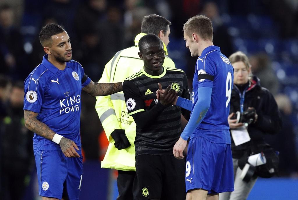 Hang thu thang hoa giup Chelsea de bep Leicester hinh anh 9