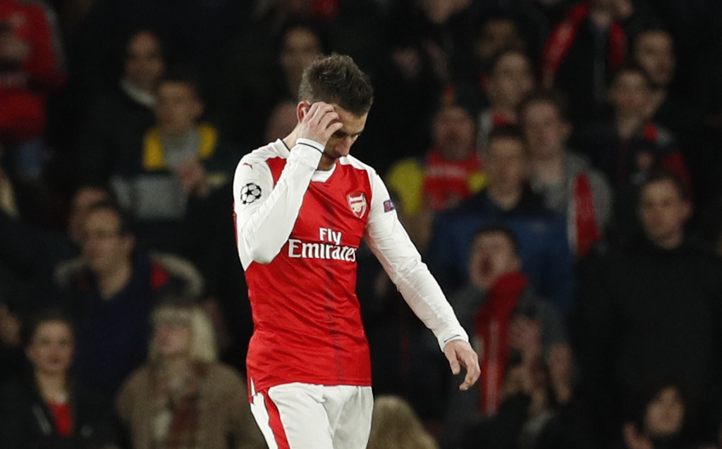 CDV Arsenal bieu tinh doi Wenger ra di hinh anh 7