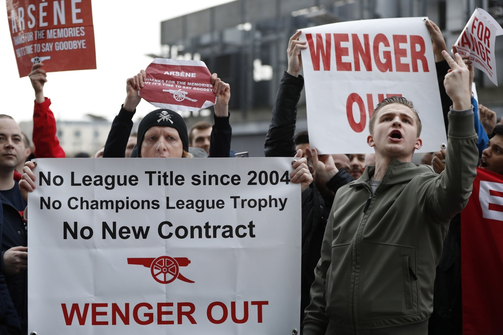 CDV Arsenal bieu tinh lan 2 doi sa thai  Wenger anh 5